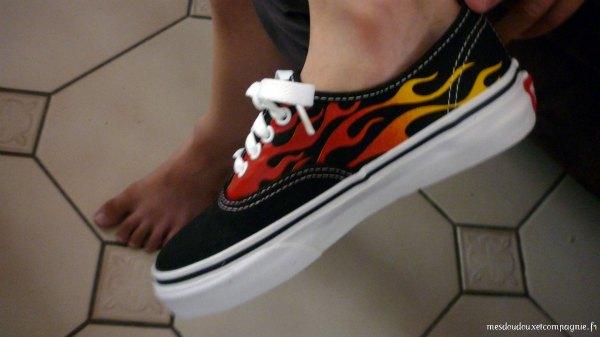 chaussure femme vans avec des flammes