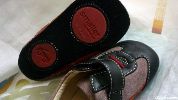 smaller-chaussures-interieur-bebe