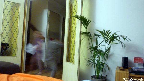 enfant-qui-courent-fantome