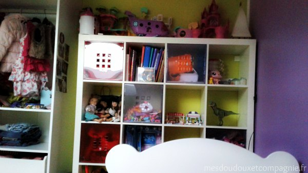 etagere ikea chambre fille deco 2 mes doudoux et compagnie blog de maman. Black Bedroom Furniture Sets. Home Design Ideas