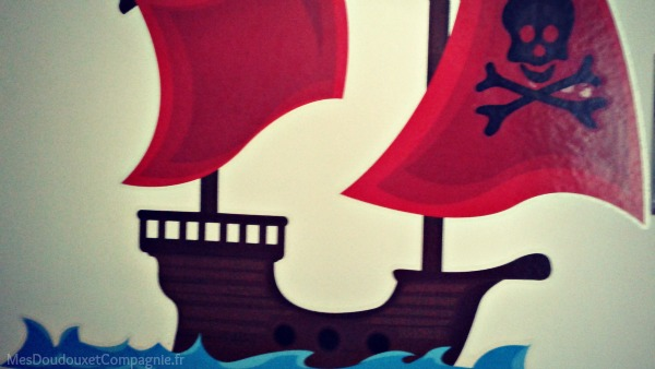 sticker-bateau-pirate