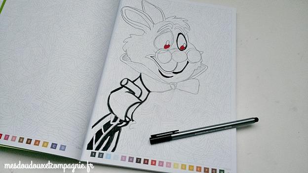 coloriage lapin blanc