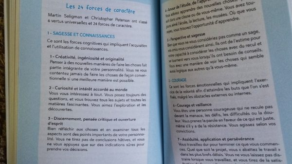 ATYPIQUE FORCE CARACTERE