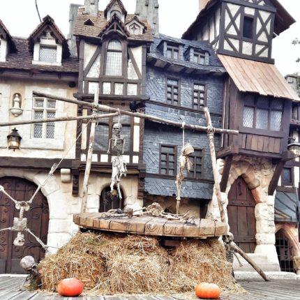 decor squelettes parc asterix